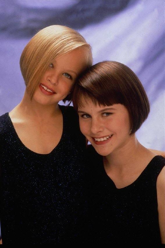 Фото девушек с короткими волосами