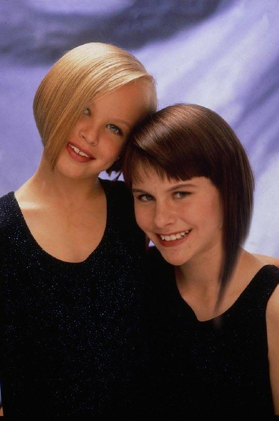 Фото девочек после удлинения волос одной из них