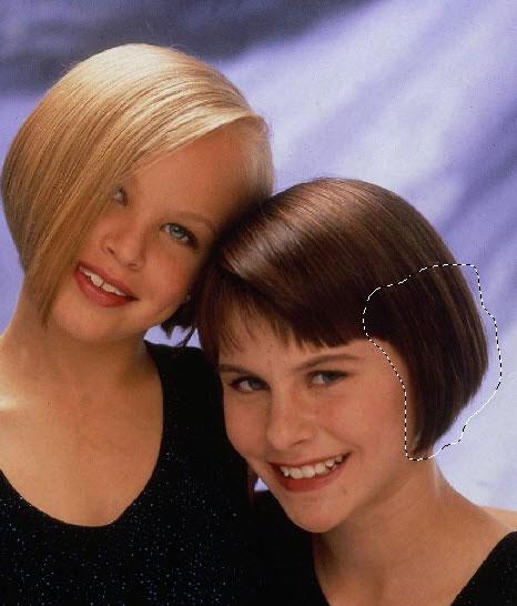 Изображение двух девушек
