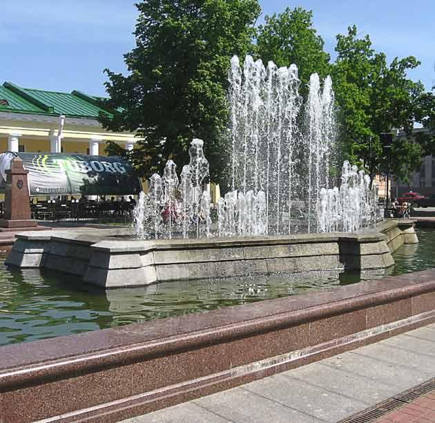 Резкое фото фонтана